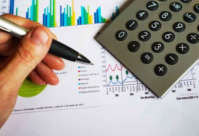 office-pen-calculator-computation-163032.jpeg